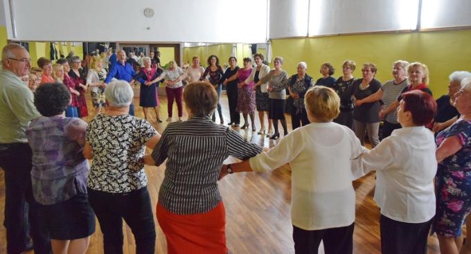 Umirovljenici su još jednom partijali na plesnjaku