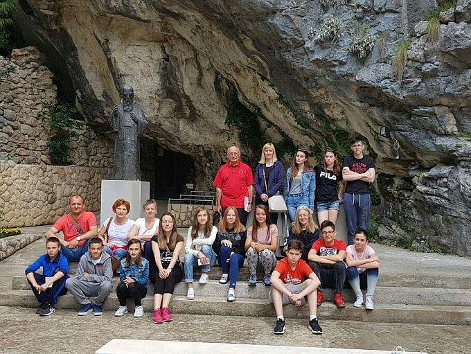 Učenici četiriju brodskih škola na državnom GLOBE natjecanju u Omišu