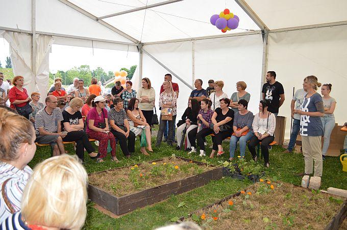 O vrtlarenju bez kopanja i muke, danas na sajmu cvijeća vrtlarica Kornelija