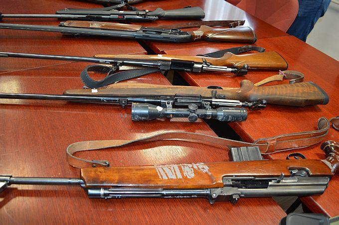 Zatvor ili 15.000 kn - kazna za one koji piju i nose oružje