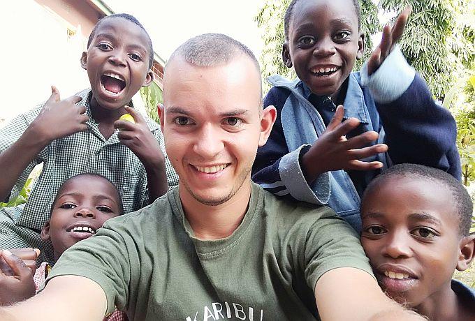 Brođanin Josip Brnić, hrvatski misionar- bogoslov poziva na humanitarnu akciju