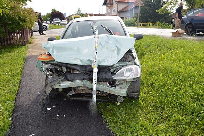U Sibinju prometna nesreća, jedna osoba zadobila teške, dvije osobe lake tjelesne ozljede