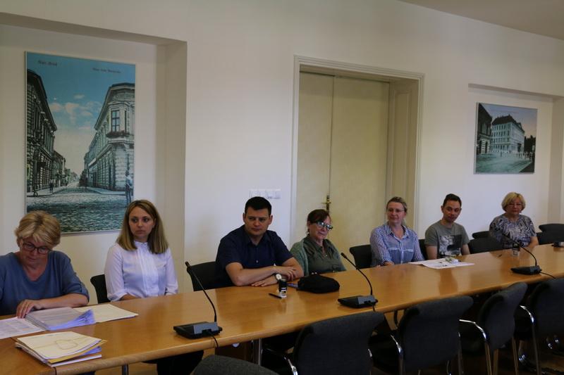 Slavonskobrodskim udrugama grad je za projekte uručio ukupno 400 tisuća kuna