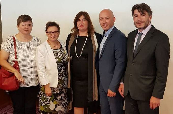 Danas u Ministarstvu regionalnog razvoja potpisano 17 ugovora vrijednih 3.700.000.00 kuna