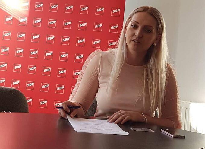 Utrka za šefa ili šeficu župnijskog SDP-a je počela, kandidata više nego se očekivalo, čak tri žene