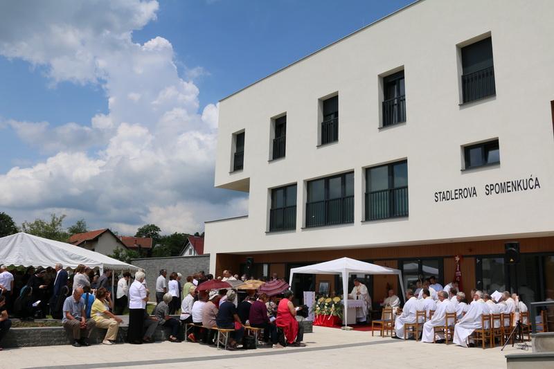 Danas sveta misa i blagoslov novoizgrađenog Stadlerova centra