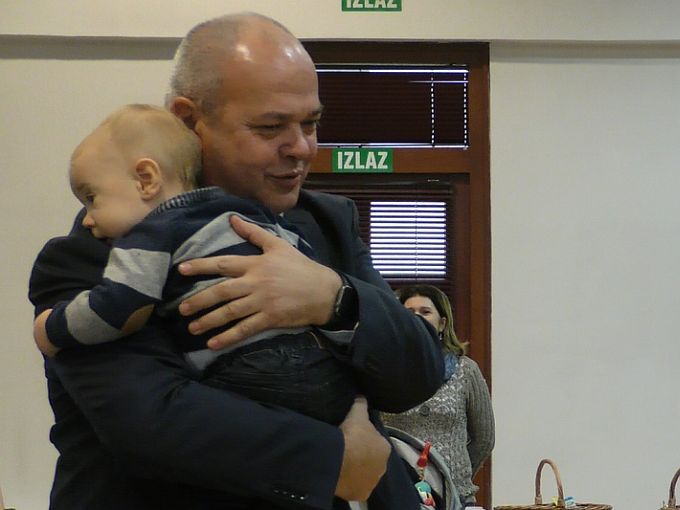 Slavonski Brod i Opatija najviše izdvajaju za naknade za bebe, pokazalo istraživanje provedeno u 124 hrvatska grada