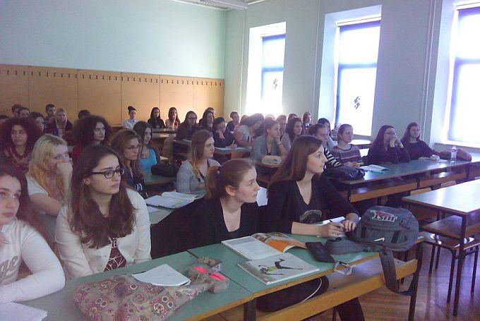 Na redu je deveta državna matura, ispite će pisati 35.881 učenik, najviše prijava za A razinu hrvatskog