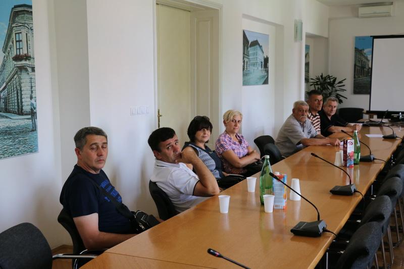 Prvih osam mjesnih odbora Grada ima svoje prve ljude i članove vijeća, pogledajte tko su