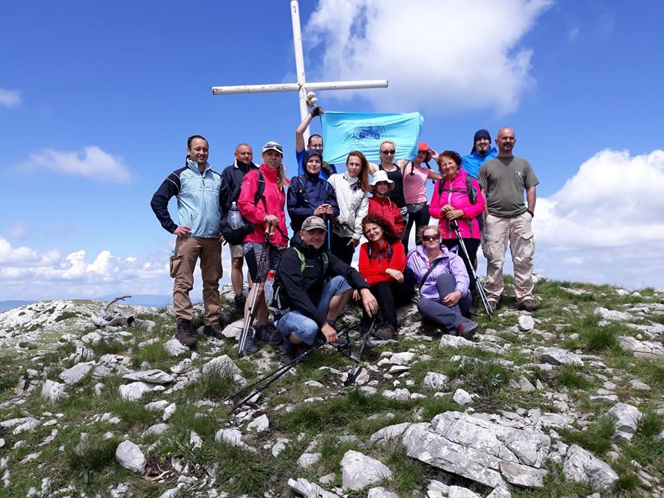19 brodskih planinara na vrhu Hrvatske
