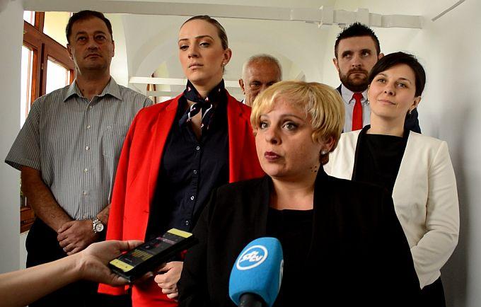 Vijećnica HDZ-a, Anita Holub prvo upozorena, pa udaljena sa sjednice Gradskog vijeća, kaže, predsjednik ne poznaje osnovne pojmove Statuta i poslovnika