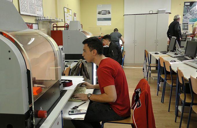 Tehnička škola postaje regionalni centar kompetentnosti, a Srednja škola Matija Antun Reljković bit će mentor ostalim centrima, jer oni su svoju izvrsnost već potvrdili