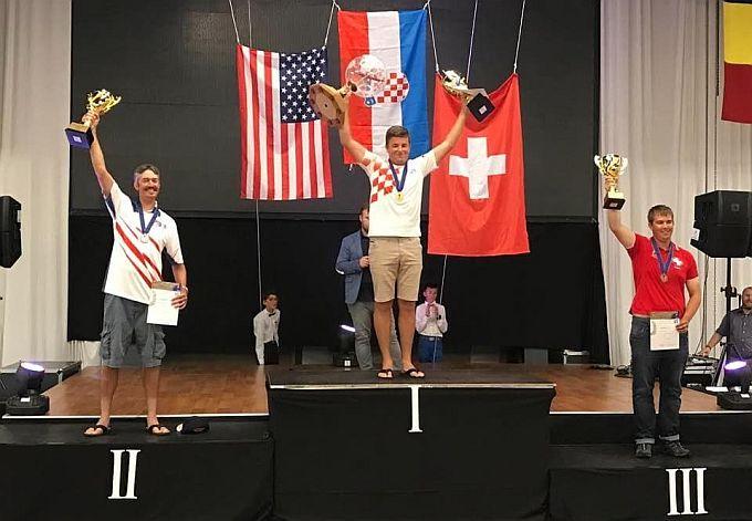 Naš Brođanin na tronu, Arijan Hucaljuk, obranio naslov svjetskog prvaka u Rumunjskoj