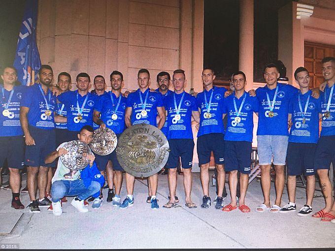 Brođanin Mario Ivić trener je i ujedno natjecatelj pobjedničke ekipe maratona lađa, Stabline