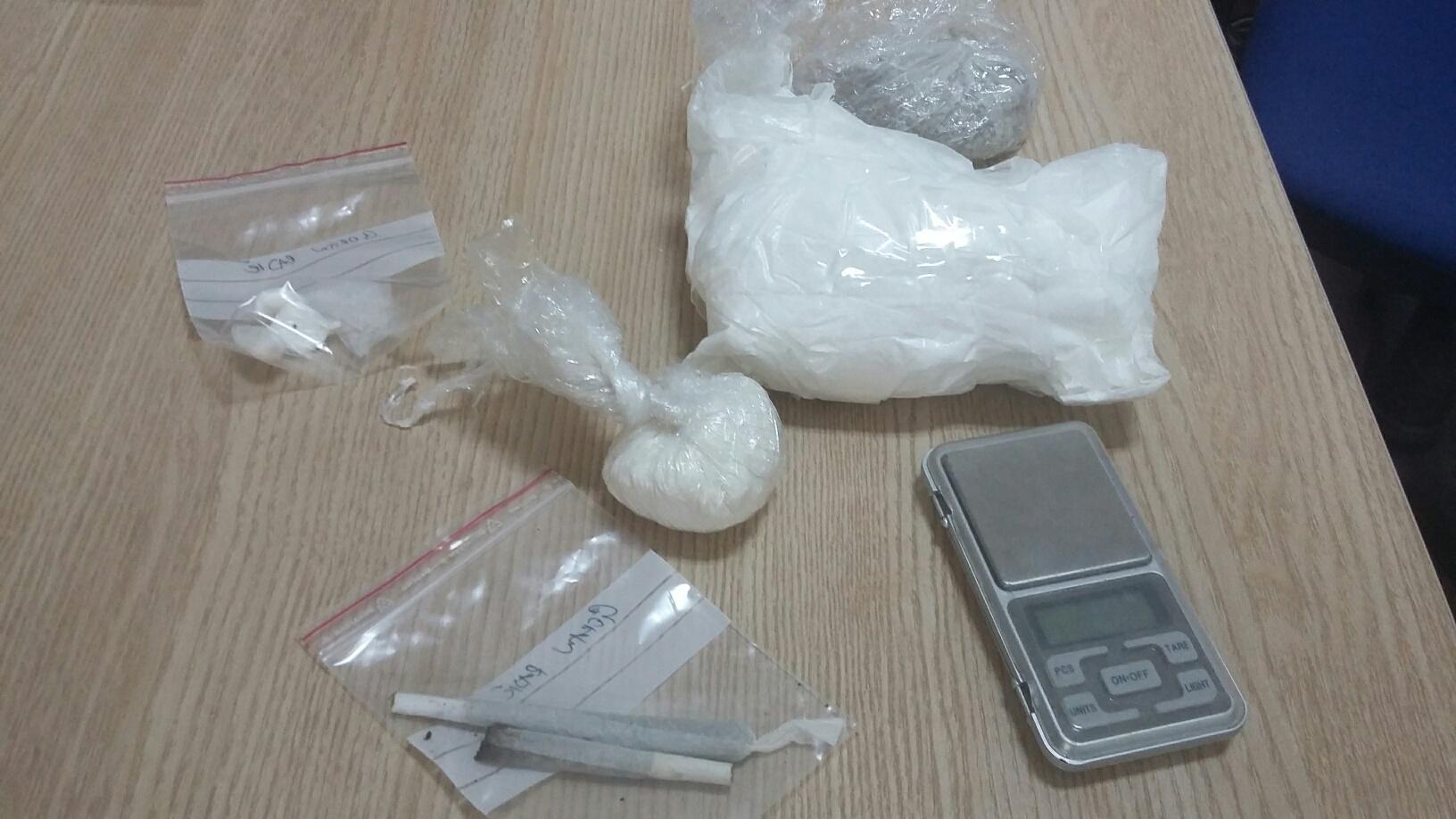 Droge ima, puši se marihuna, koristi heroin, ali po broju liječenih ovisnika, u županiji se drogira ispod hrvatskog prosjeka