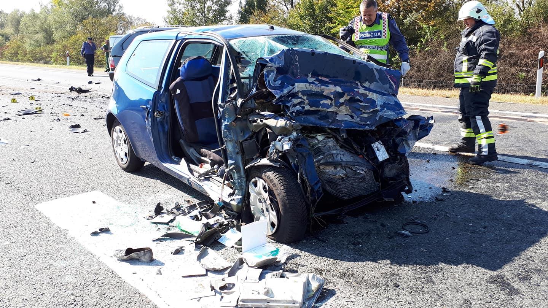 Završen očevid prometne nesreće u kojoj su poginule dvije osobe