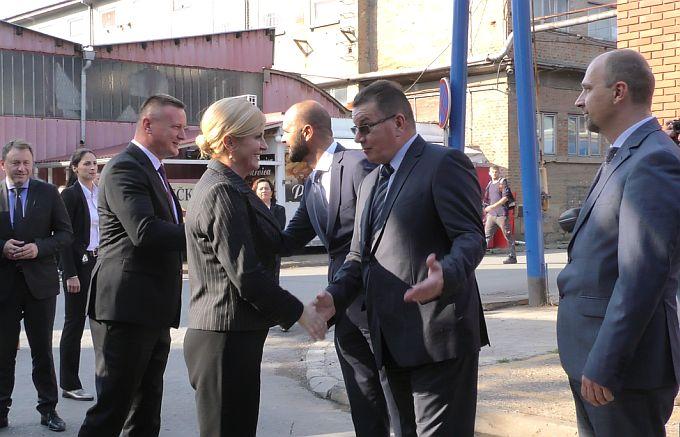 Predsjednica Republike Hrvatske posjetila je danas i tvrtku Đuro Đaković Specijalna vozila