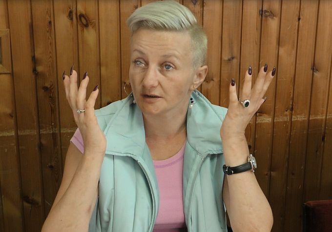 """Marina Marić: Rekli su mi ne vidite, a imate frizuru i duge nokte, tjerali me da stavim otisak prsta umjesto potpisa na dokument ili stavim """"X"""" samo zato što sam slijepa"""