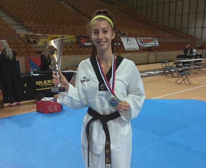 Lucija Abramović  proglašena je najboljom seniorkom turnira, članovi Taekwondo kluba BROD ostvarili odlične rezultate