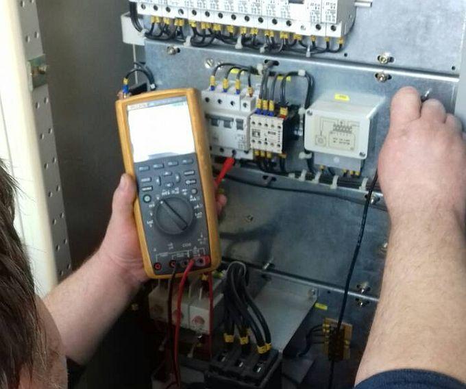 Danas bez električne energije potrošači u Slavonskom Brodu i Novoj Gradiški