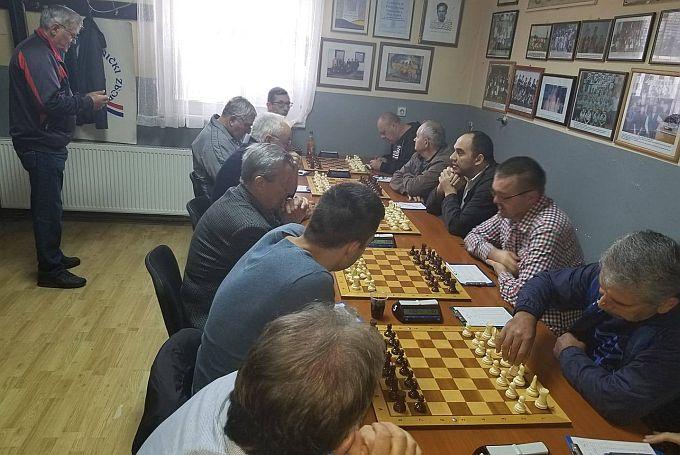 Studeni je i pred nama je 21. Božićni rejtingirani turnir u šahu
