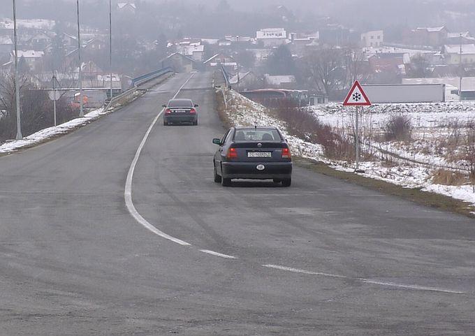 Stiglo je vrijeme da se pripremite za zimske uvjete na cestama, od 15. studenoga obavezna zimska oprema