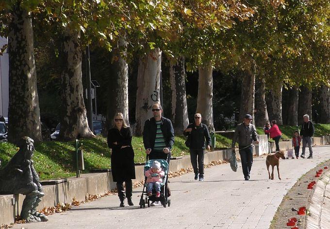 Utorak je bio posljednji u dugom nizu u većini Hrvatske iznimno toplih dana - slijede hladniji