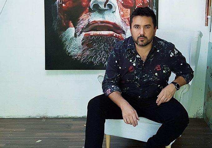 Prvi Hrvat među svjetskom elitom slikara hiperrealista je Eugen Varzić, Brođanin istarske adrese