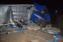 Vozač teretnog vozila poginuo prilikom slijetnja s kolnika