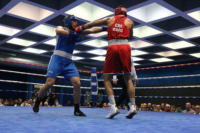 Pobjede i novih 11 bodova u prvoj boksačkoj ligi za Petra, Leona i Gabrijela