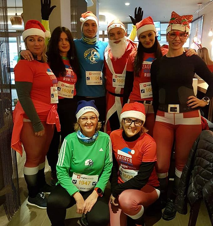 Na humanitarnoj kostimiranoj utrci Zagreb Advent Run poznata brodska lica