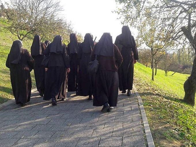 Sve je manje časnih sestara, život u siromaštvu, čistoći, poslušnosti i predanom služenju siromašnima Hrvaticama je izgleda sve manje privlačan