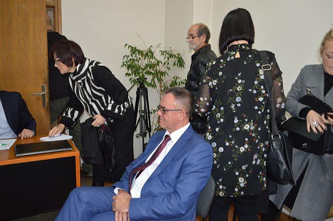 Što se događalo iza zatvorenih vrata brodske sudnice ne znamo, javnost je u slučaju župana Tomaševića isključena