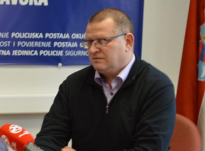 Uhićeni dvojica muškaraca za koje se sumnja da su pucali na brodskog ugostitelja, bili su u bijegu, pronađeni u zagrebačkom stanu
