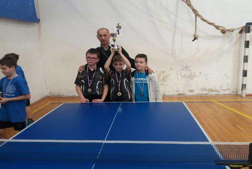 Poraz prve ekipe u Splitu! Stolnotenisači najmlađih kadeta prvaci regije!