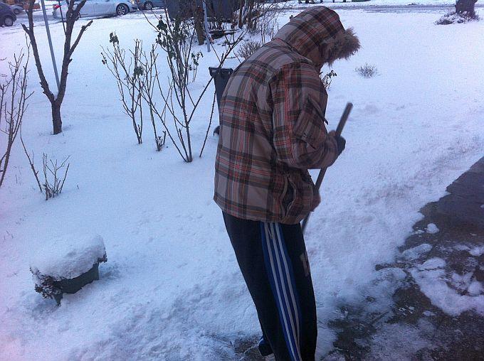 Građanima poziv da očiste snijeg ispred svojih domova i poslovnih objekata