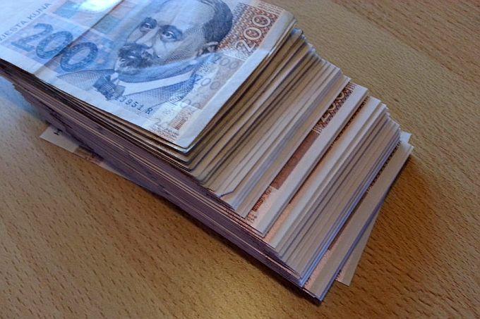 Sve je više krivotvorenih novčanica, kako ih prepoznati?