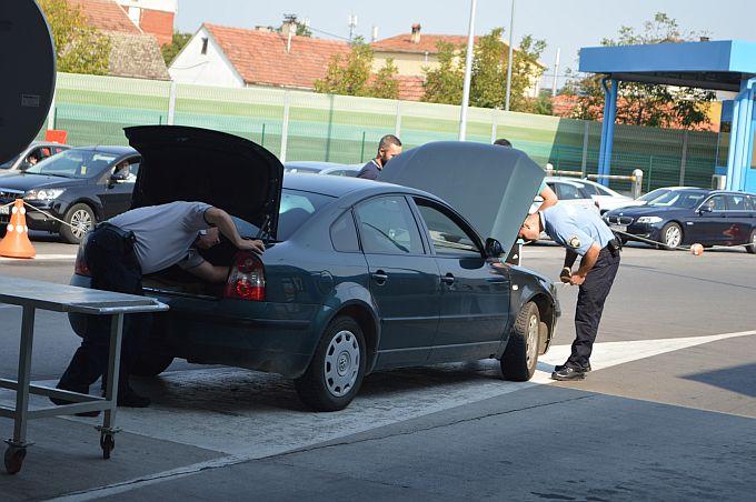 Na šopingiranje smo prošle godine u BiH ostavili gotovo 170 milijuna kuna, 338 zahtjeva dnevno za povrat PDV-a