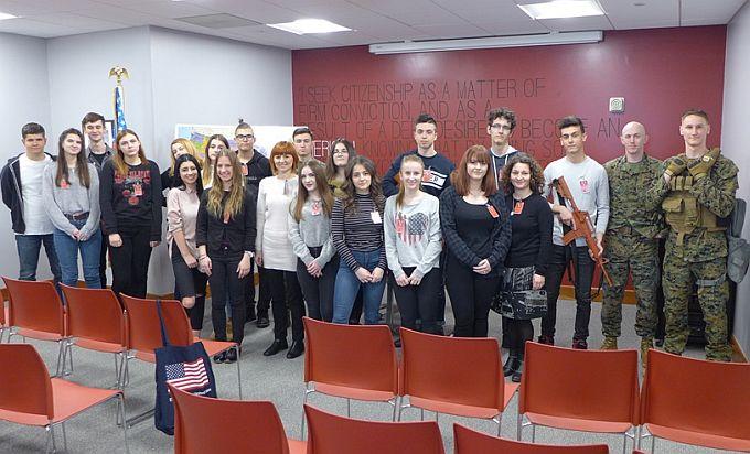 Učenici Ekonomsko-birotehničke škole u posjeti Veleposlanstvu SAD-a u Zagrebu