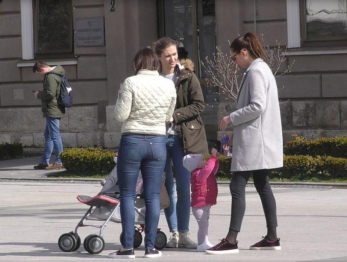 Povećanje rodiljnih i rodnih naknada, očevi na roditeljskom dopustu, vrtići, stanovi za mlade, sve su to demografske mjere na kojima se radi