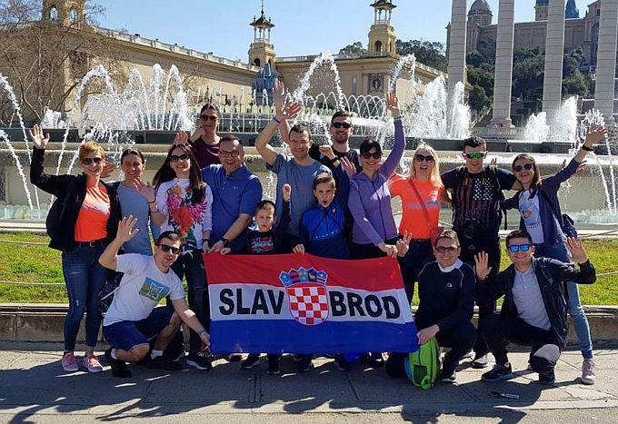 Dvanaest Brođana istrčalo maraton u Barceloni, Ines Jozić dovoljno brzo da ima pravo sanjati reprezentativni nastup