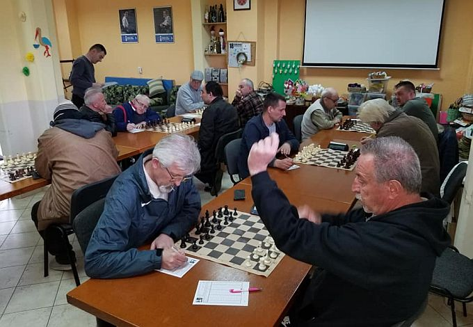 U Slavonskom Brodu održana dva šahovska derbija