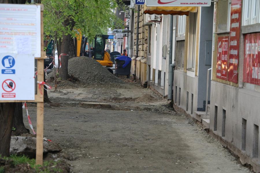 U Gupčevoj se opet radi, ali s druge strane, uskoro nova biciklistička i pješačka staza