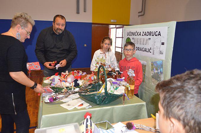 """Škola u Dragaliću ima samo 83 učenika i nije """"optimalna"""", ali oni koju su u njoj jako su vrijedni"""