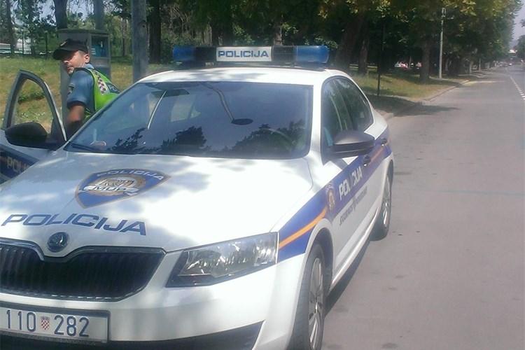 Policija registrirala 377 prometnih prekršaja, najbrži vozač uhvaćen u Garčinu