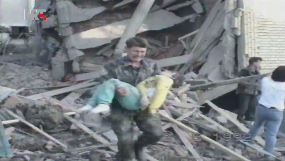3. svibnja 1992. godine bio je jedan od najkrvavijih dana u Slavonskom Brodu, od aviobombi život je izgubilo 16 odraslih i djece, ranjenih je bilo 60