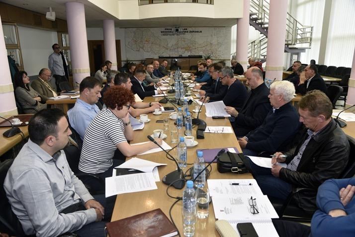 Stožer Civilne zaštite Brodsko- posavske županije spremno dočekuje nadolazeći vodni val