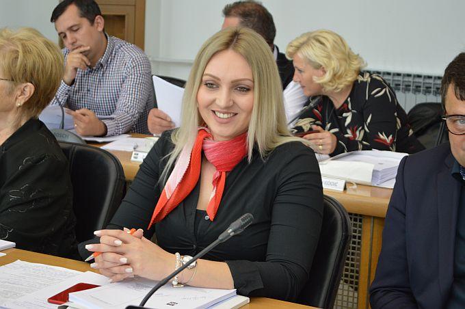 Što je s radnicima koji su bili zaposleni u ĐĐ Industrijskim rješenjima danas je pitala vijećnica Marina Opačak Bilić
