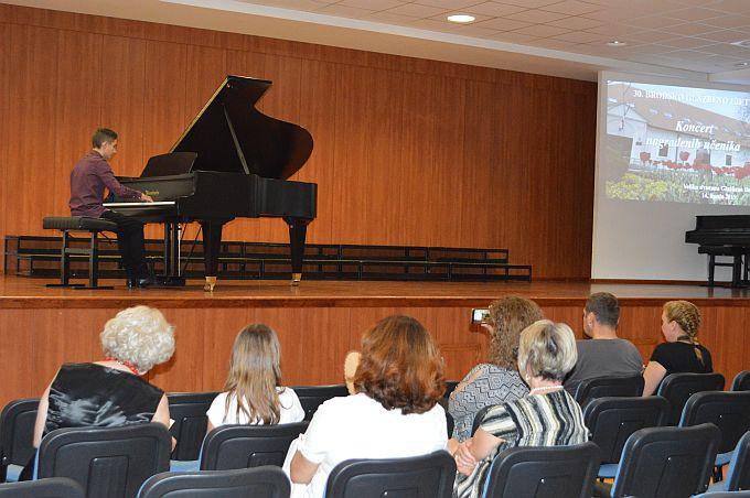 Koncertom nagrađenih učenika Glazbene škole zaokružena uspješna i bogata nagradama godina