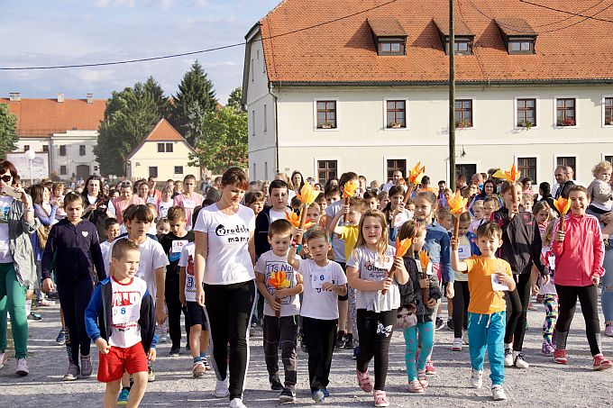 Uživancija uz puzalice, babywearing, utrke, skakanje u vreći je zagarantirana, družite se s djecom na 2. maloj olimpijadi i malom sajmu zdrave hrane